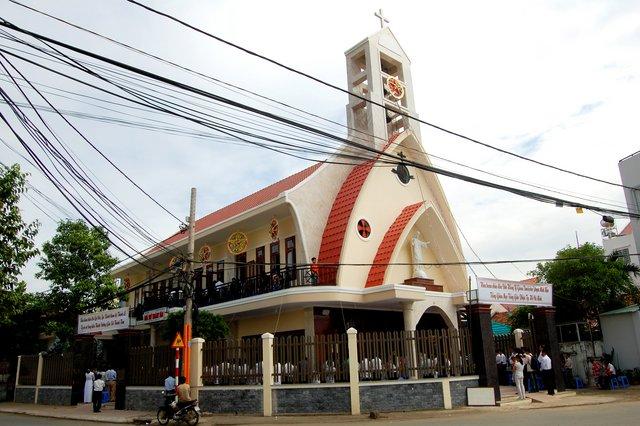 Nhà thờ Thánh Tâm Tp HCM