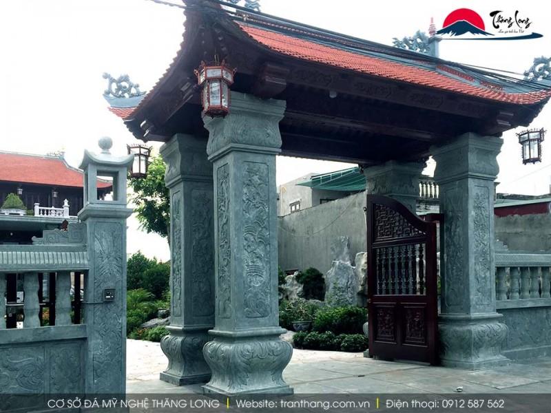 Cổng biệt thự bằng đá