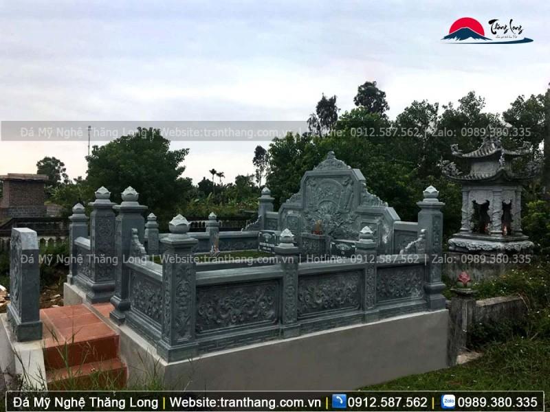 Lăng mộ gia đình bằng đá xanh rêu giá rẻ