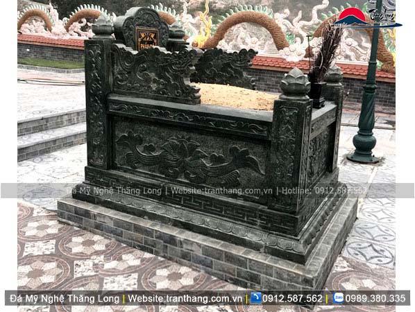 Xây dựng mồ mả bằng đá tại Bình Định