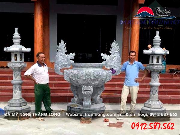 lư hương đá lắp đặt tại Nam Định