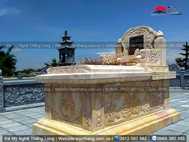 Sử dụng chất liệu đá vàng làm mộ cho gia tiên