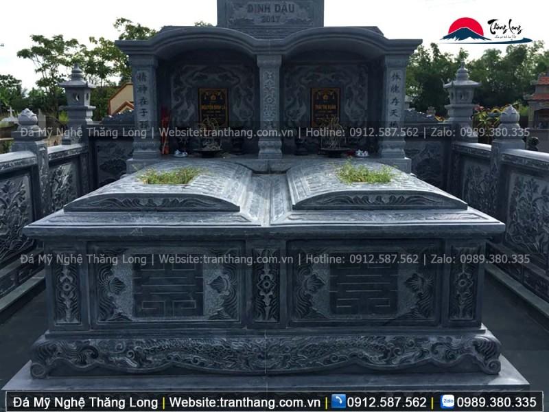 mẫu mộ đôi bằng đá xanh nguyên khối, hoa văn tinh sảo