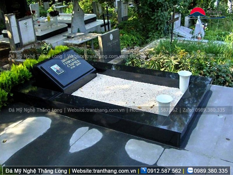 Mộ đá granite cho người công giáo